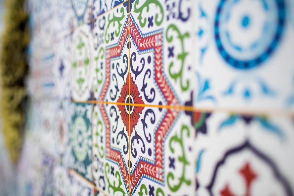 Melatone Tiles Design Laminate